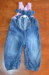 Хорошенький джинсовый полукомбез  для малышки р. 9-12 мес