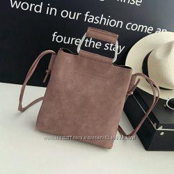Женская классическая сумочка