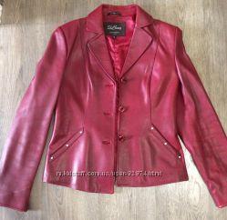 Кожаный пиджак в отличном состоянии, р-р 44-46