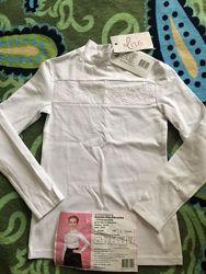 Нарядный гольф-блуза на девочку, новый, два размера 128 и 140  Тонкий трикот