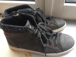 Ботинки демисезон на мальч Tom Tailor р.40 стелька 25,5 см Сост хорошее