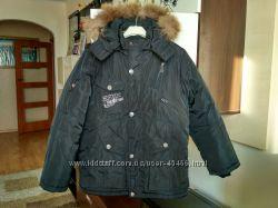 Отличная зимняя куртка для мальчика р. 152см