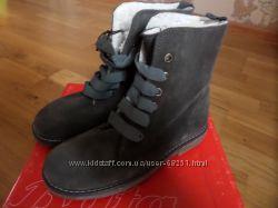 Ботинки BATA на шерсти 22см