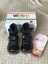 Продам ортопедические школьные туфли 28 размер