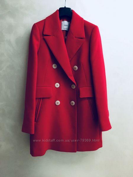 Красное пальто двубортное теплое осеннее в рубчик Mango оригинал осень