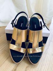 Босоножки кожаные золотые золотистые zinda оригинал в стиле marc jacobs 39