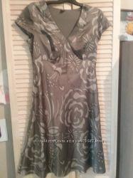 Ефектна сукня esprit 14-16 розмір