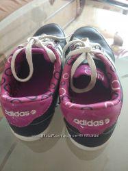 Стильные кроссы девочка 30-31 Adidas