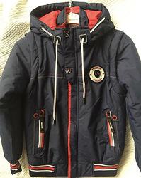Демисезонная куртка трансформер мальчику , рост 122см