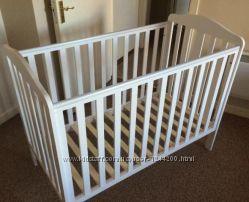 Кроватка детская Mothercare 120x60см белая