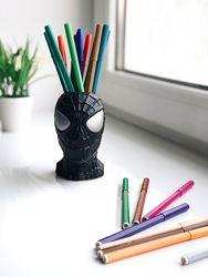 Декор-скульптура в виде головы Венома, с функциональным отверстием.