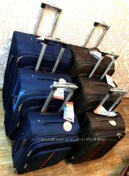 Чемоднан чемоданы сумки Swift - Wings 1706 на 4-х колесах