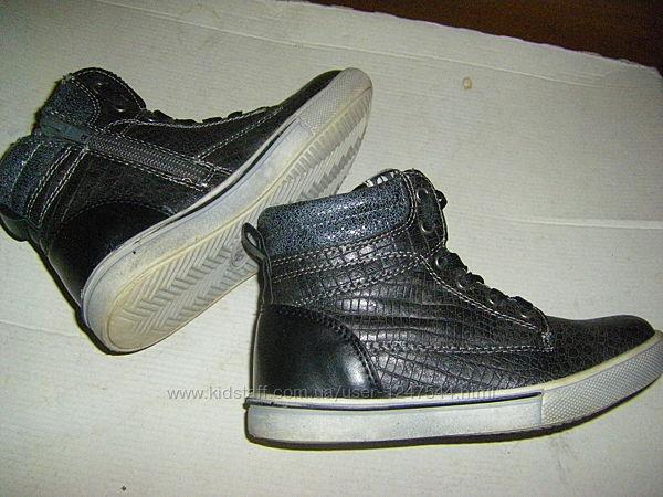 Теплые,  деми ботинки, кроссовки унисекс 33-35 р.