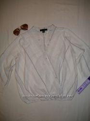 Стильная белая блуза