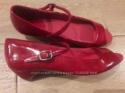 Новые лаковые красные туфли Zara 37-38 р-ра оригинал