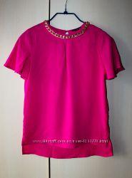 Блуза цвета фуксии Atmosphere с цепью