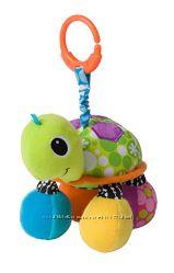 Игрушка -подвеска Черепаха с зеркальцем от Infantino США