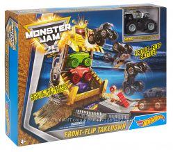 Hot Wheels Monster Jam Front Flip Takedown Play Set