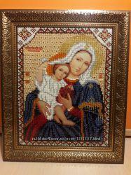 Икона ручной работы Пресвятая Богородица Покрывающая. Чешский бисер