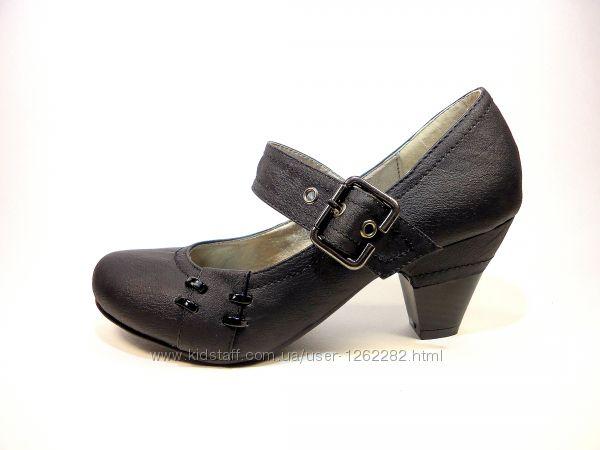 Туфли женские с ремешком, на каблуке. Размер 36-41.