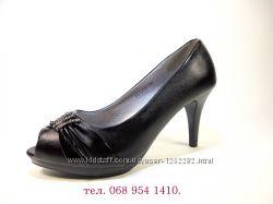 Туфли лодочки на каблуке шпильке с открытым носком, черные. Размер 35-40