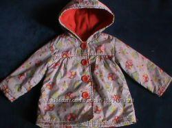 Демисезонная фирменная курточка девочке 06-12 месяцев. Как новая.