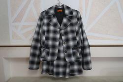 Костюм шерстяной - пиджак с юбкой