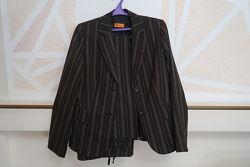 Костюм шерстяной - брюки и пиджак