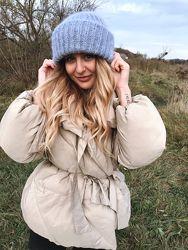 Теплая. объемная шапочка Такори нежно-голубого цвета