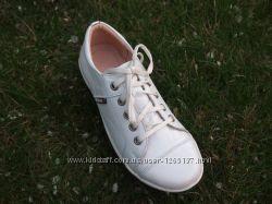 Кроссовки для девочки Palaris