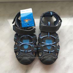 Новые яркие кроссовки-сандалии Солнце на липучках