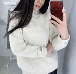 Плюшевый свитер бежевый белый розовый серый синий
