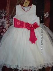 Праздничное нежное платье ТМ Сьюзи р. 116, 122