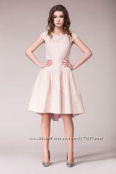 Нарядное платье ночемио р. 44