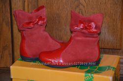 KUMI кожаные фирменные демисезонные новые ботиночки на девочку, р. 27 кожа