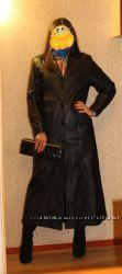 Кожаное пальто на синтепоновой подкладке 46 р
