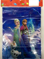 Пакет полиэтиленовый подарочный с героями мультфильмов 30 на 22 см.