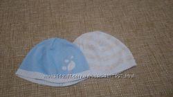 Трикотажные шапочки Mothercare на 3-6 месяцев состояние идеальное