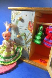 Одежда для кукол, вязанная крючком c вышивкой