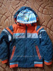 Курточка демі на 1-2 роки в супер стані