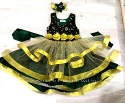 Нарядное платье для девочки с украшением для волос