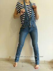 Женский джинсовый комбинезон с съемным верхом