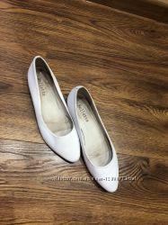 Туфлі на весілля змінні