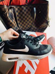 Кроссовки Nike  р. 36 37 оригинал