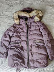 Продам для девочки зимнюю куртку KIKO 152р.
