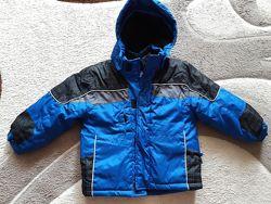 Продам курточку для хлопчика 4 років