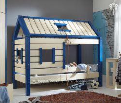 Детская кроватка домик из натурального дерева