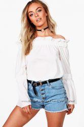 фирменная блуза с открытыми плечами Boohoo