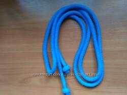 синюю сакалку для художественной гимнастики пр-во Испания, длинна 2м 20см