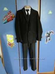 Школьный костюм для мальчика.